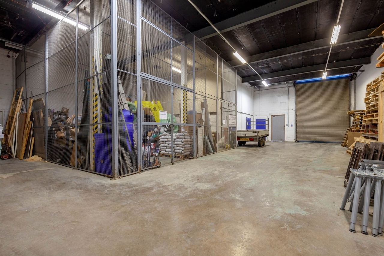 warehouse space rosyth